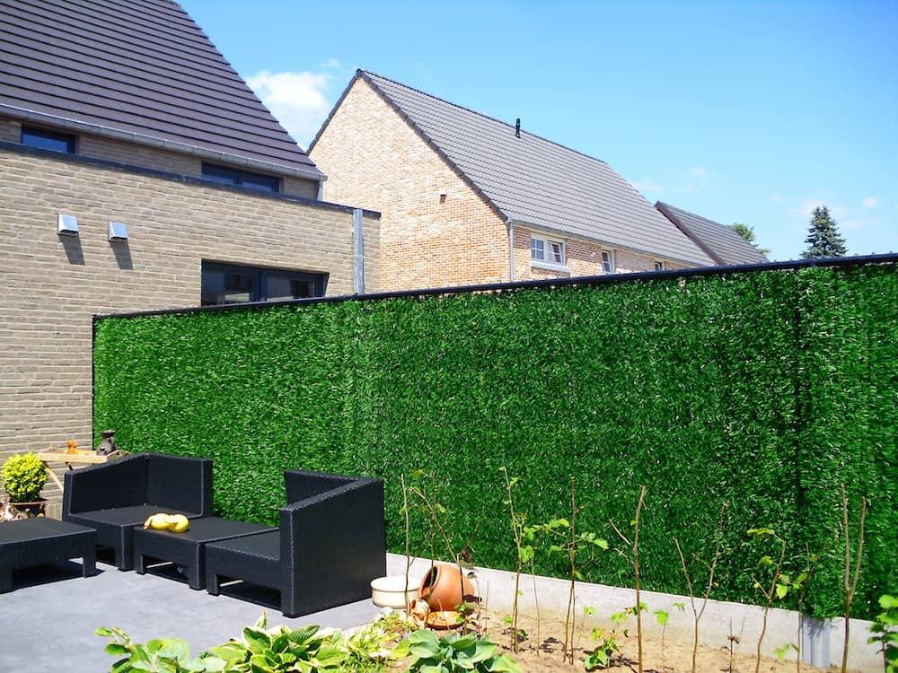 Welke tuinafsluiting is geschikt als je privacy wenst for Moderne afsluiting tuin