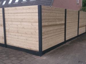 Houten panelen met betonplaten