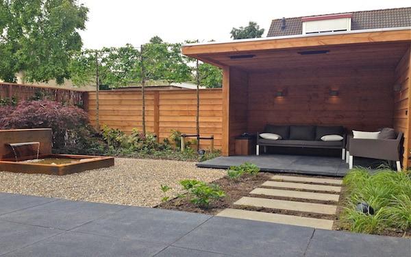 Maak sfeer met hout in je tuin tuinafsluitingen - Bank terras hout ...